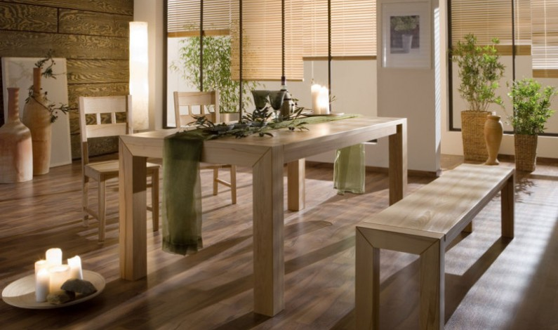 Vychytané jídelní stoly české výroby