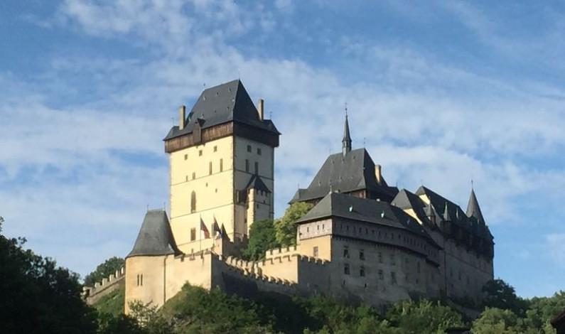 Romantický výlet pro dva spojený s návštěvou Karlštejna