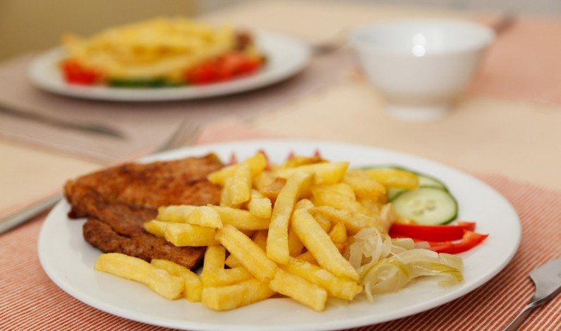 Nekvalitní strava přispívá k větší únavě a horší soustředěnosti