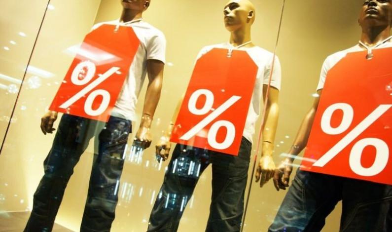Wer sorgt für ständig saubere Schaufenster in den Einkaufszentren in Wien? Schaufensterreinigung Wien