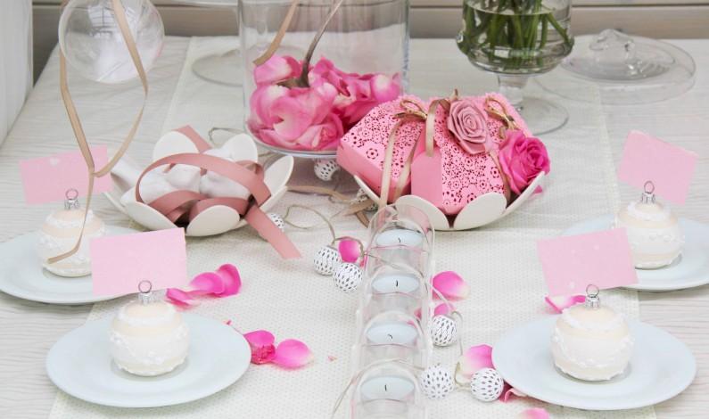 Skvělou svatbu vykouzlí i nový trend – ručně vyráběné skleněné dekorace