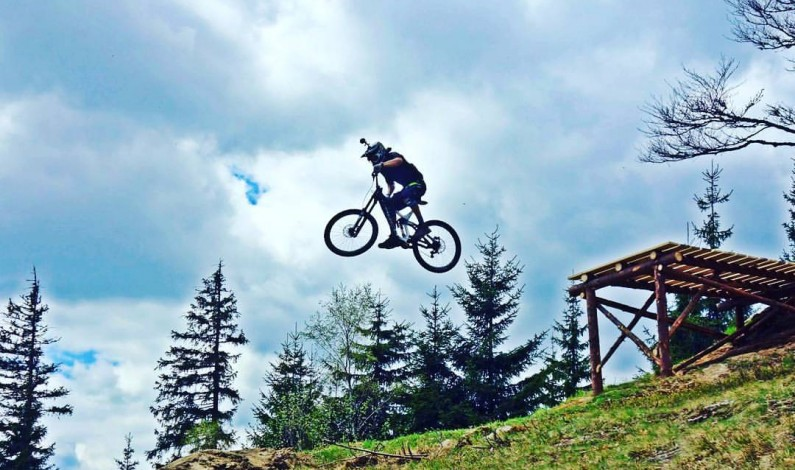 Ski&Bike Špičák hostí o víkendu iXS European Downhill Cup