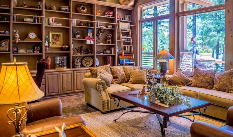Návrat osvědčené klasiky do našich obýváků. Křeslo ušák je snem nejen knihomolů