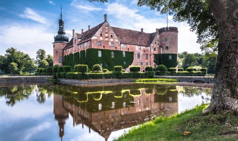 Nedotčená příroda, zajímavá historie a usměvaví obyvatelé. To vše (a ještě mnohem více) je Švédsko