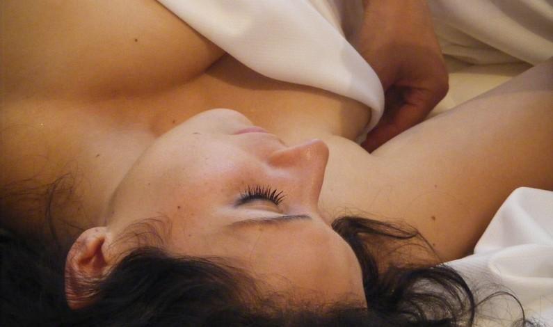 Relax a rozkoš v jedné hodině? Zkuste erotickou masáž