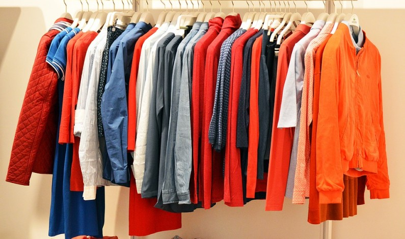 Letní vánek v šatní skříni: opravdu vše nosíte?