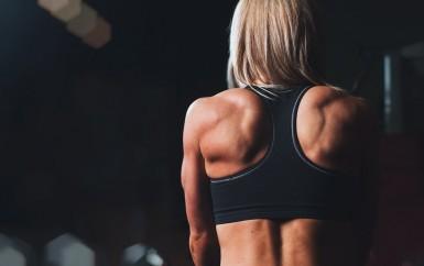 Jak cvičit ve fitness klubu s vlastní váhou