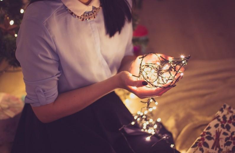 Vy vyberte recepty na vánoční cukroví a vaše drahá polovička vánoční osvětlení