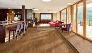 Hledáte monolitickou podlahu do celého domu? Zvolte PVC