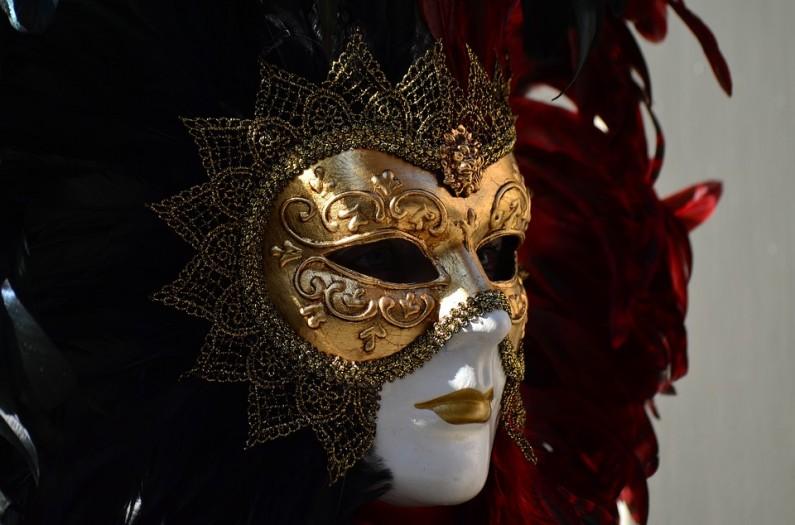 Dopřejte dětem karnevalové kostýmy i po Halloweenu